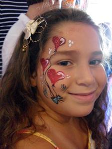 ציורי פנים לבבות